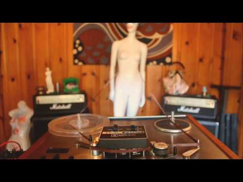 tape loop for mannequins