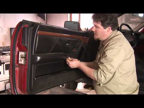 Auto Repair & Mechanics : How to Remove a Car Door Panel
