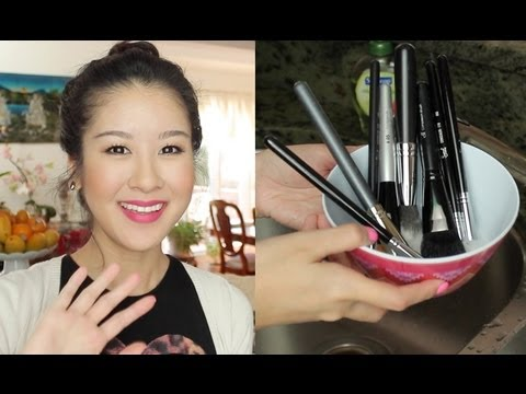 How I Spot Clean & Deep Clean My Brushes + DIY!