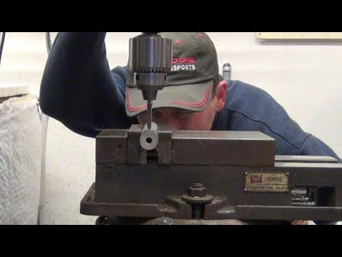 Old Machinists Mill Trick To Quickly Find a Rod Centerline