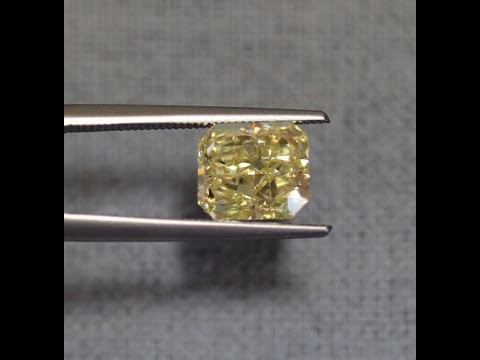 2.71 Carat Radiant Fancy Light Yellow VVS2 GIA - Buy Yellow Diamonds Los Angeles - Ben Dannie