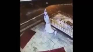 kardan adama tekme atan kadın  street fighter efekti