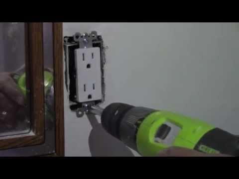 DIY How to Change or Replace a Plug Socket