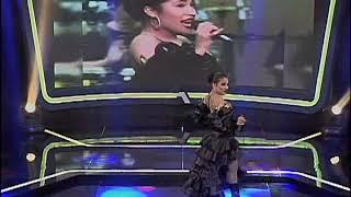 Gala 31 Ymll5 - Selena