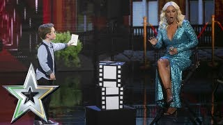 Aidan McCann wows the crowd with his incredible card trick | Ireland's Got Talent 2019