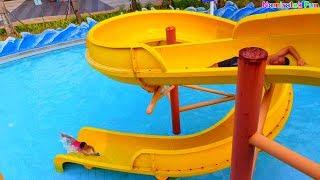 Bermain Air & Perosotan Mainan Anak Berenang di Water slide Kolam Renang Fun Kids Water Park