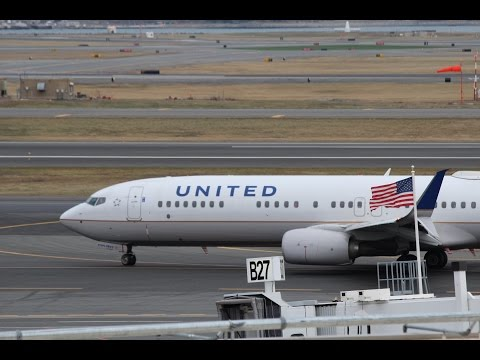 Close Taxiway! | Logan Airport Plane Spotting at Terminal B Parking Garage