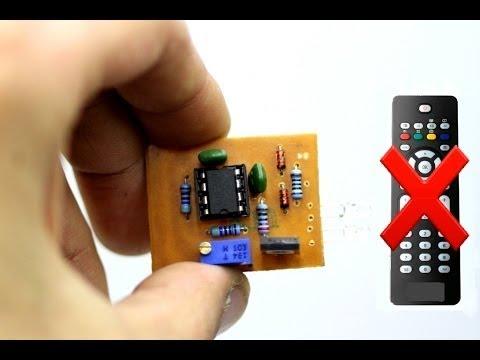 Remote signal jammer