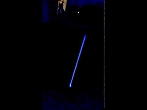 Fluorescent tube fence tester