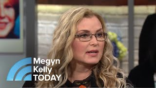 Meet The Woman Investigating Cold Case Murders From Her Couch | Megyn Kelly TODAY