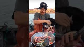 Almoço Tradicional dos pescadores chineses: frutos do mar!