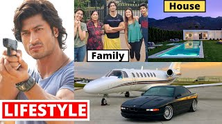 Vidyut Jammwal Lifestyle 2020, Girlfriend, Income, House, Cars, Family, Biography, Movies & NetWorth