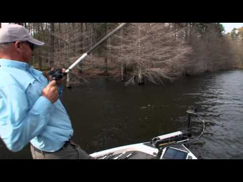 Fishing the Spawn With High Winds on Toledo Bend