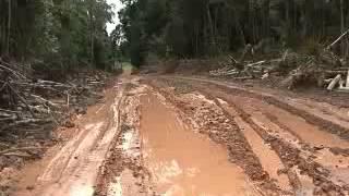 MÁQUINAS ABANDONADAS NO AMAZONAS