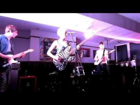 Beach Coma - I Wanna Be Your Dog - Fulford Arms, York, 28/3/15