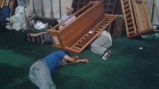 #x202b;بعد أن افلتت من ايدي امن الدولة تحكي مشاهد رهيبة من داخل مسجد الفتح لن تصدق ما يحدث !!!!!!!!!!!!#x202c;lrm;