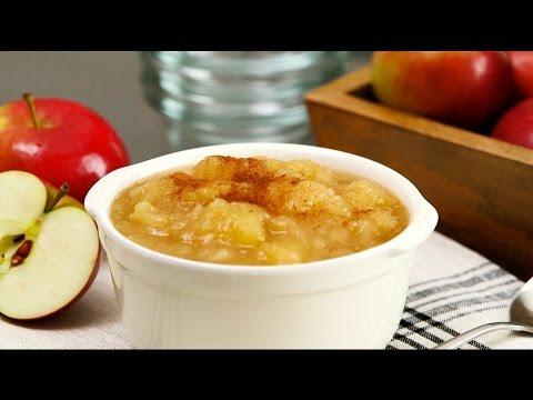 Recipe: Easy Applesauce
