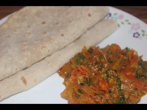 Simple Onion and Tomato Gravy for Chappathi / Roti / Phulka