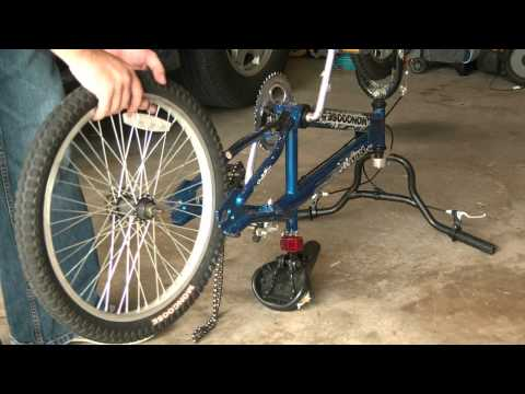 How To Change A Bike Tire Tube - Fix a flat bike tire