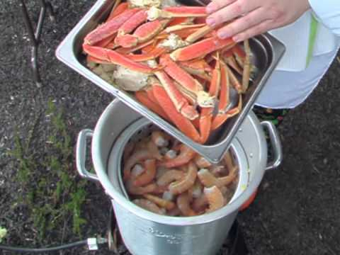 Chef Adam demonstrates how to make a Low Country Boil