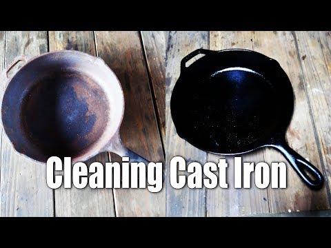 炭火でスキレットの錆とりと再シーズニング Cleaning Cast Iron Skillet on The Charcoal Grill