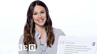 Jennifer Garner Answers the Web