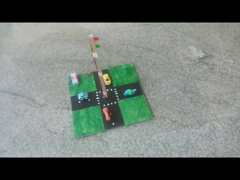 Manual traffic signal working model