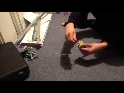 How to build a simple knex gun