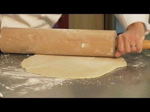 How To Roll A Pie Crust