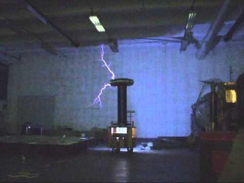 Tesla coil 4 MOT V2