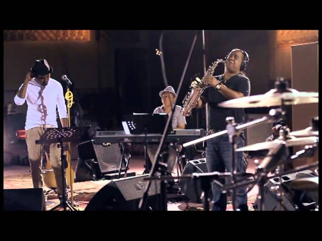 Glenn Fredly - Brown Eyed Girl (Live)