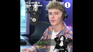 HRVY playing a game on BBC Radio 1