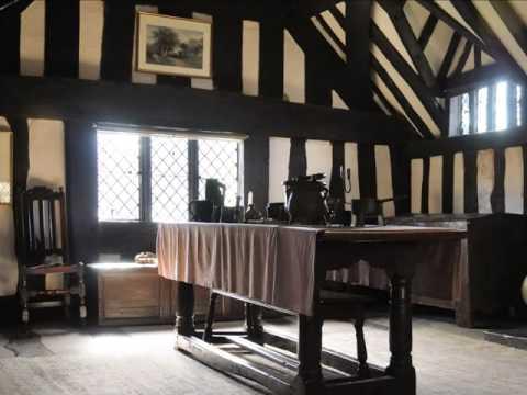 Tudor house tour