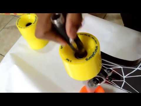 How to change longboard wheels