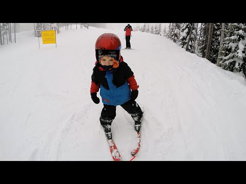3 year old - first time skiing