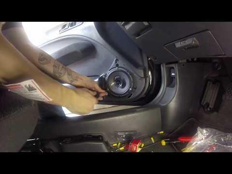 1998 Honda Civic installing front speakers