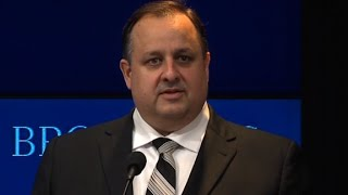 Government ethics watchdog Walter Shaub quits
