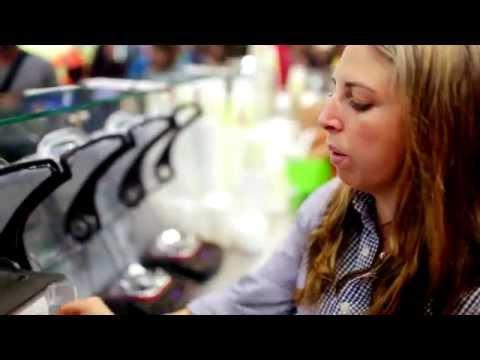 Máy xay sinh tố công nghiệp Blendtec   REVIEW bởi Planet Smoothie