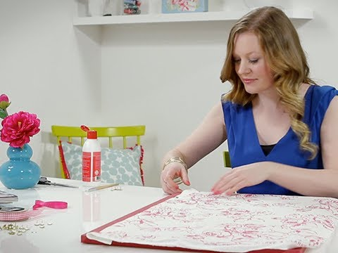 Craft Corner: How to make an easy fabric covered pinboard