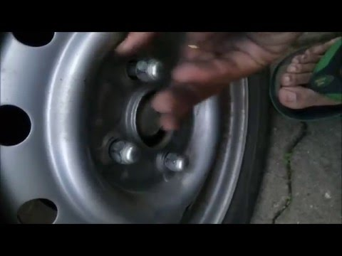 How to change the wheel or punctured Tyre of a car quickly in less than 5 minutes : all cars covered