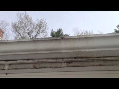 Cleaning Aluminum Gutters