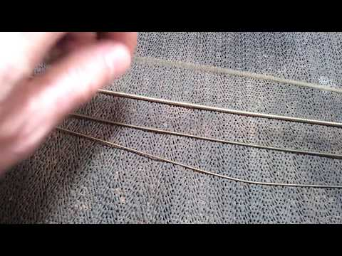 How to Clean Acoustic Bass Guitar Strings