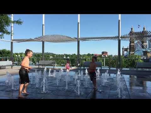 Water fountain fun at Smale Park