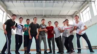 НАДО ПОДКАЧАТЬСЯ. г. Избербаш-2017, школа №1, 11Б класс