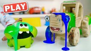 Кукуplay - Ам  Ням и Синий Трактор в Зеленой Слизи - Поиграйка с Анной и Марусей