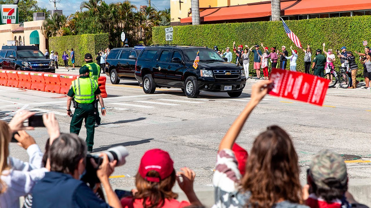 Trump greeted by chanting supporters as he arrives in Florida