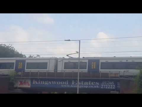 C2C Class 387/3 At Basildon Station 12 Carriages