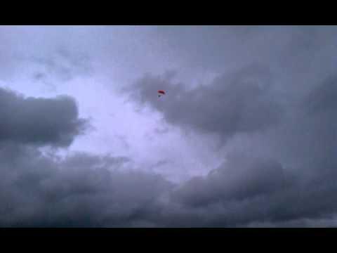 Red Bull Sky Divers at Jobbie Nooner 2011 VIDEO #1