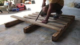 Idea For A Wood Pallet Recycling Project.How To Build A BED To Grow Vegetables For Your Garden- DIY!
