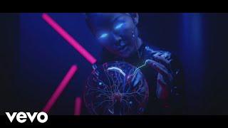 Maluma - Instinto Natural (Pseudo Video) ft. Sech